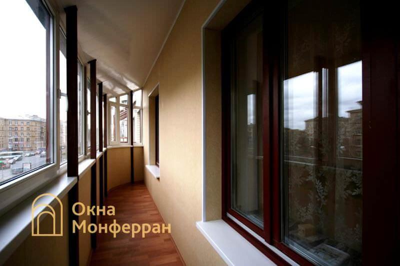 Остекление и отделка балкона с крышей ул. Варшавская