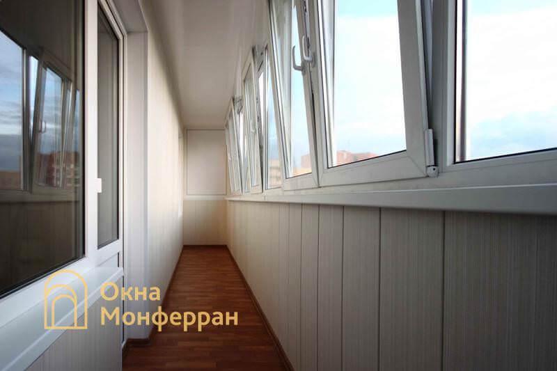 Остекление и отделка шестиметрового балкона в 137 серии ул. Маршала Захарова