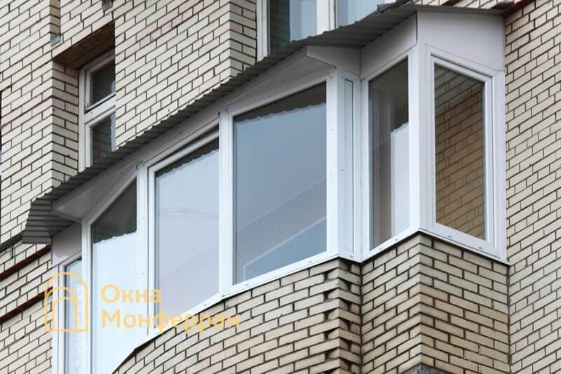 Балкон с крышей сложной формы пр. Комендантский