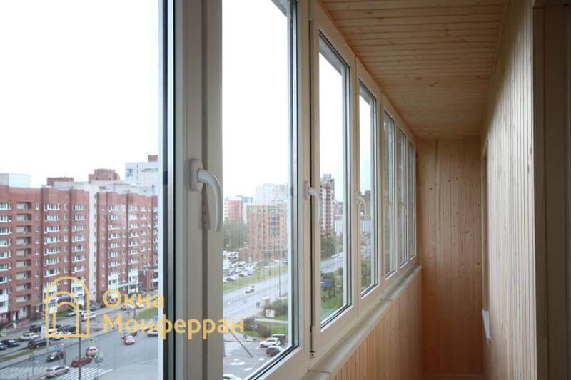 Теплое остекление балкона в 137 серии пр. Ленинский