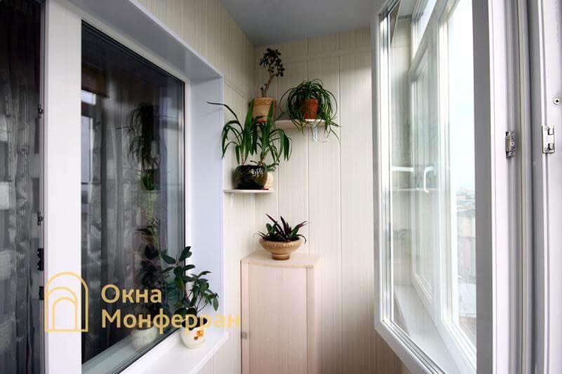 Отдельностоящая тумба из ДСП на балконе, ул. Свеаборгская