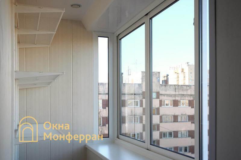 Металлические полки на балконе, пр. Науки