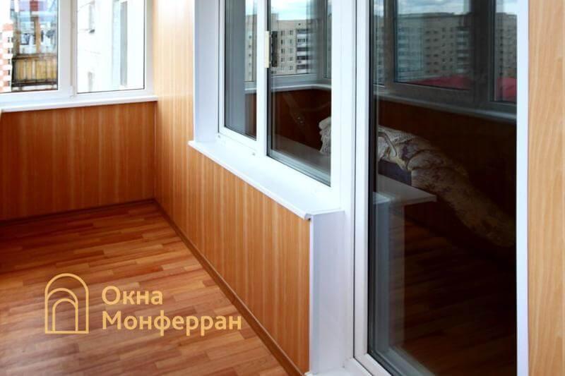 Пластиковое окно с балконной дверью в 504 серии, пос. Сертолово