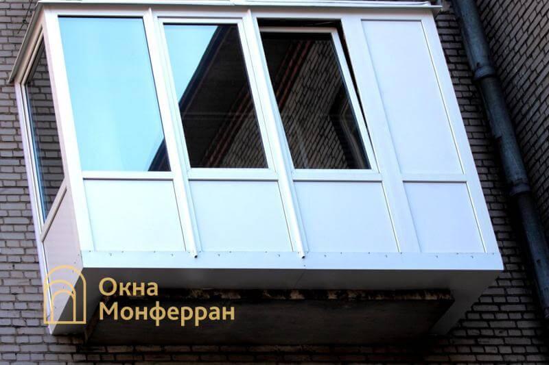 Остекление и отделка балкона с выносом пола в кирпичной хрущевке, пр. Новоизмайловский