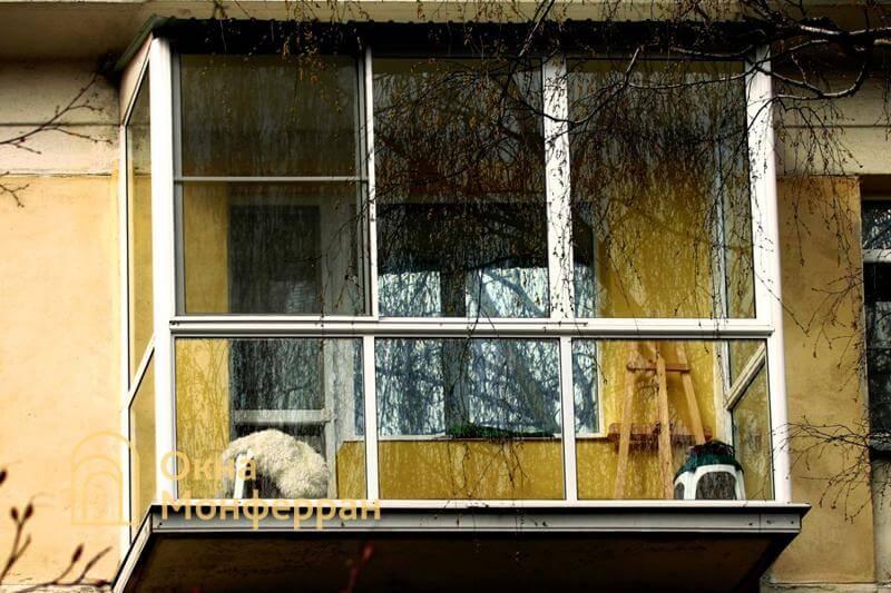 Панорамное остекление балкона в панельной хрущевке, ул. Варшавская