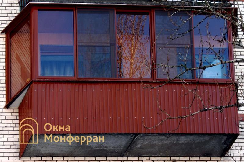 Остекление балкона с боковым выносом в брежневке, пр. Маршала Жукова