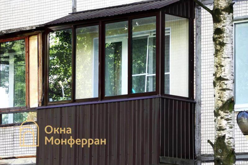 Остекление балкона с крышей в 606 серии, пр. Луначарского