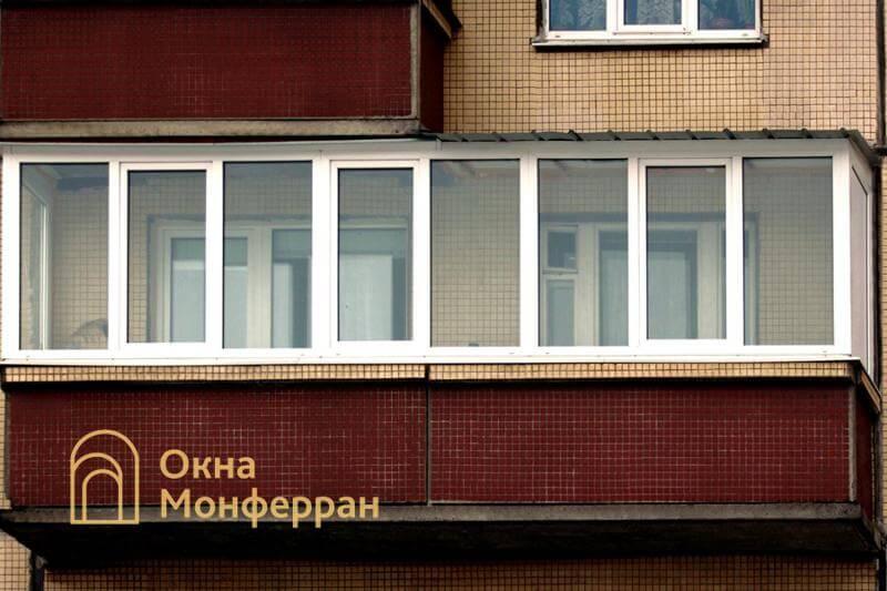 Остекление балкона с крышей в 606 серии, ул. Латышских Стрелков