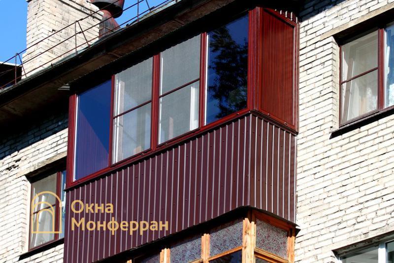 Теплое остекление балкона с крышей, пос. Отрадное