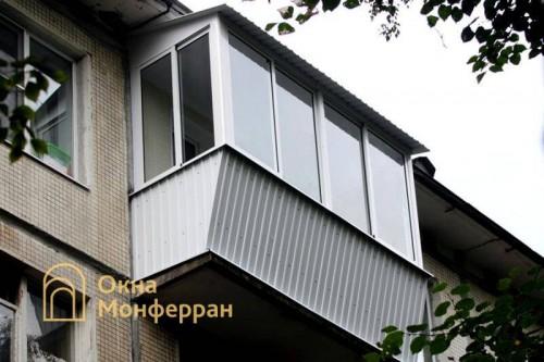 29 Остекление балкона с выносом в хрущевке, пр. Юрия Гагарина