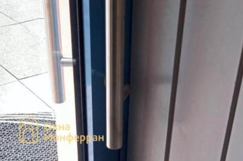 09 Установка алюминиевой входной двери